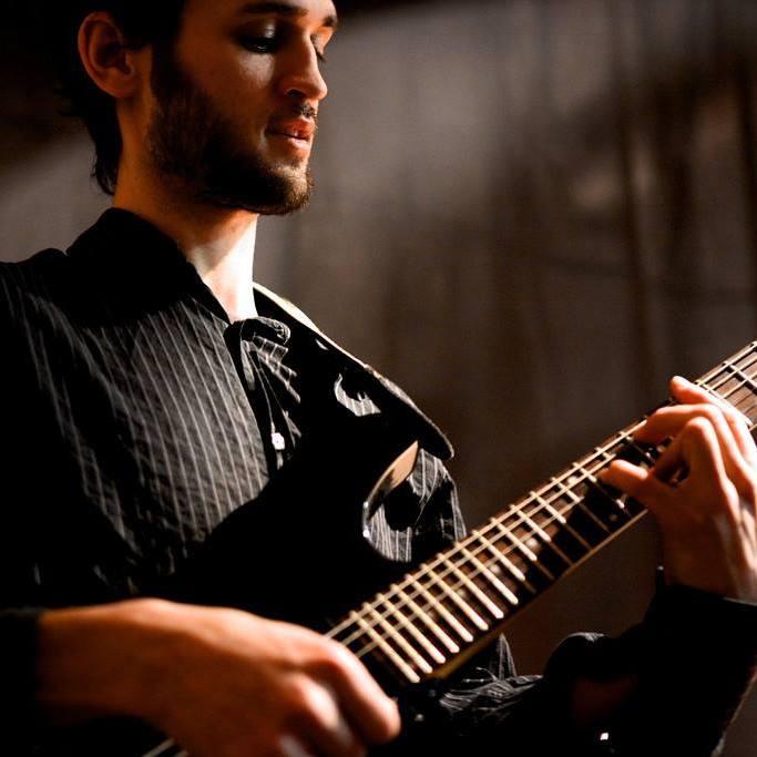 guitariste01_uid6149e70e2c8a7